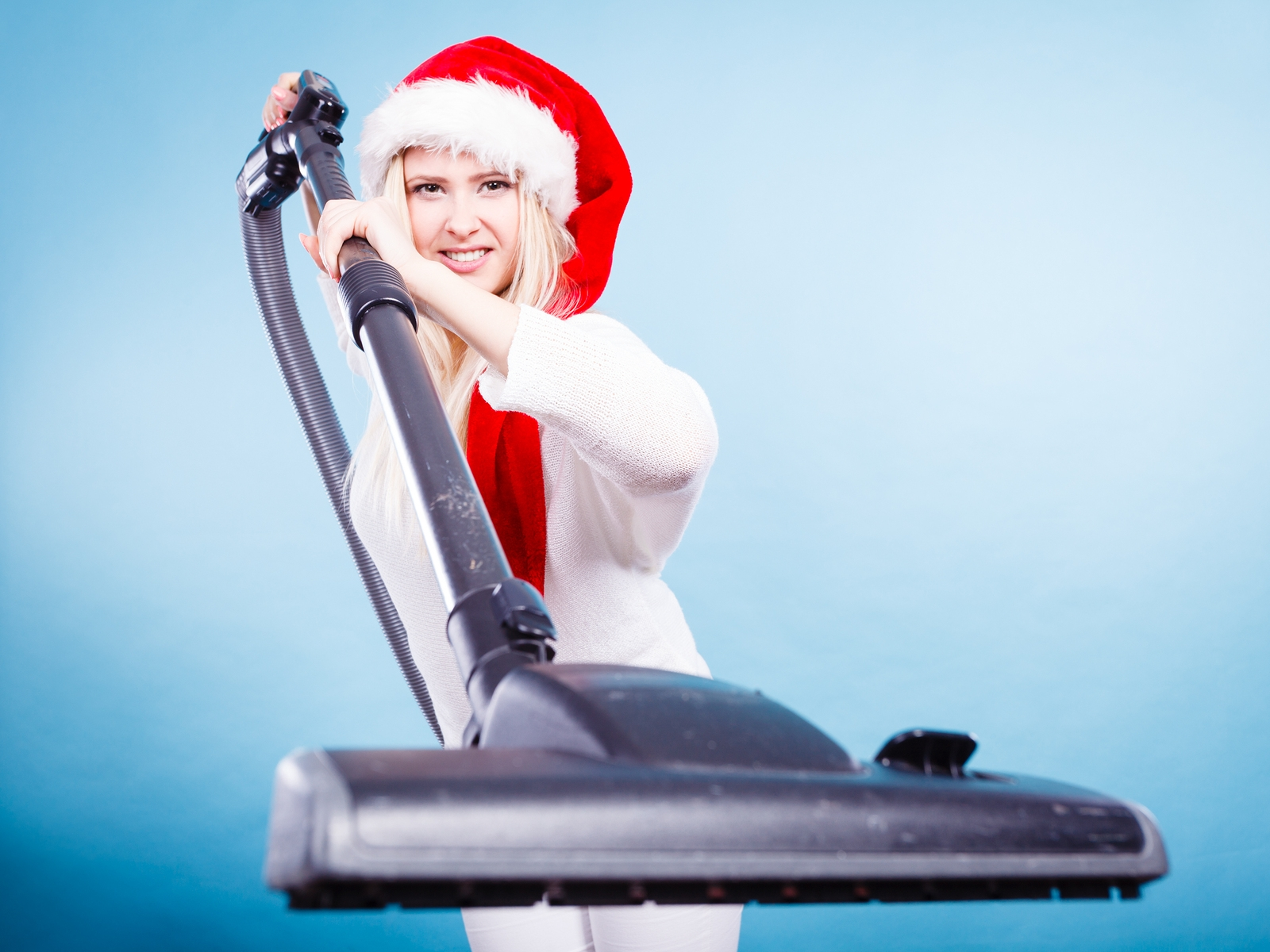 Make the Holidays Sparkle! Hire a Professional Cleaning Service