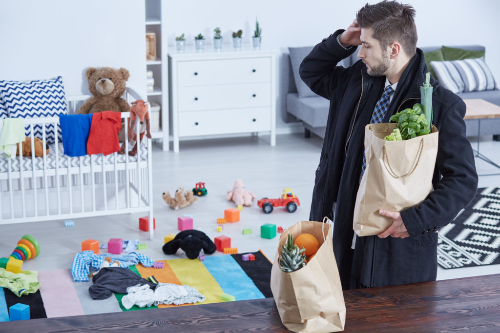 bigstock-Man-Bringing-Groceries-Home-183474043-1024x683